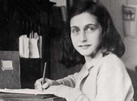 """Spuntano due pagine inedite nel """"Diario di Anne Frank"""""""